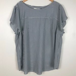 LOFT plus lightweight flowy and comfy  blouse 18